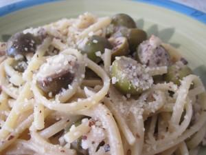 Linguine olive e mandorle